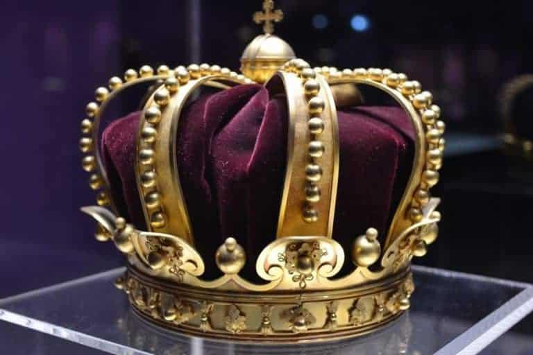 Jojakin avait-il 8 ans ou 18 ans quand il devint roi ?