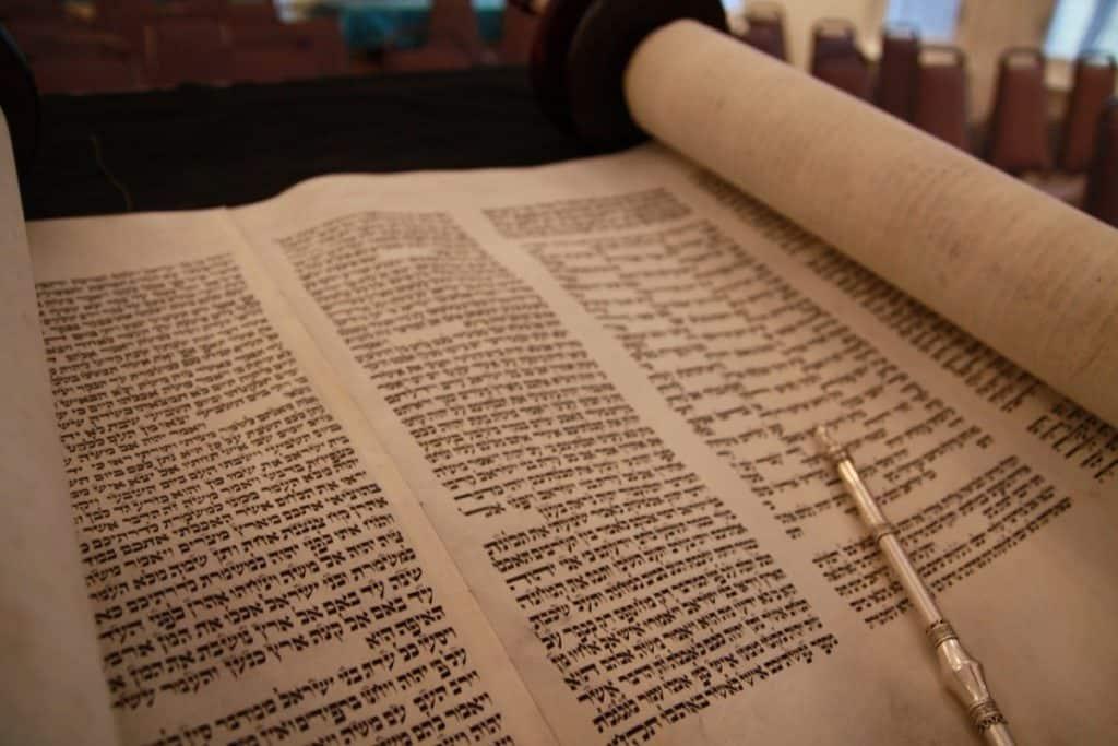 Que comprendre de la discussion de Jésus avec Nicodème ? Découvrez en le message puissant !