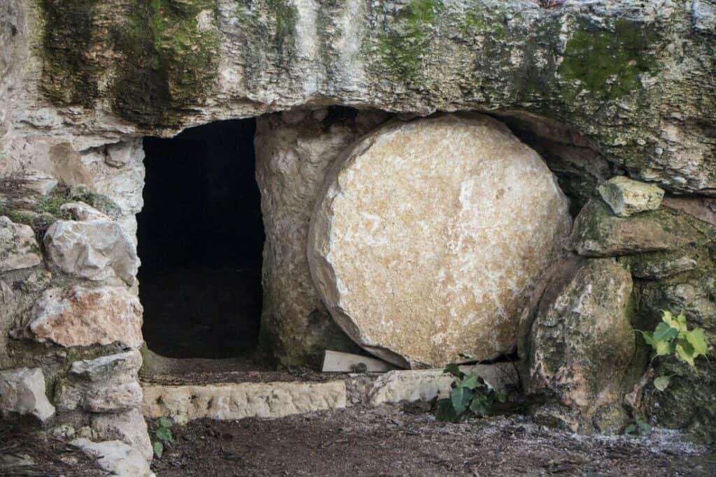 Le corps de Jésus a-t-il été volé par les disciples ou quelqu'un d'autre ?
