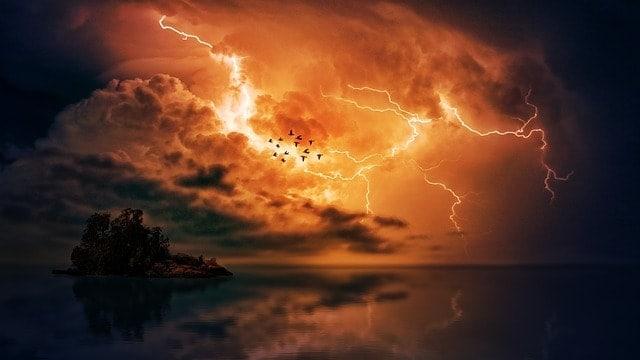 Le Dieu de l'Ancien Testament est-il méchant et sévère et est-il différent du Dieu du Nouveau Testament ?